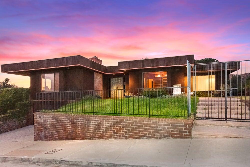 2285 N Hobart Blvd, Los Angeles, CA 90027