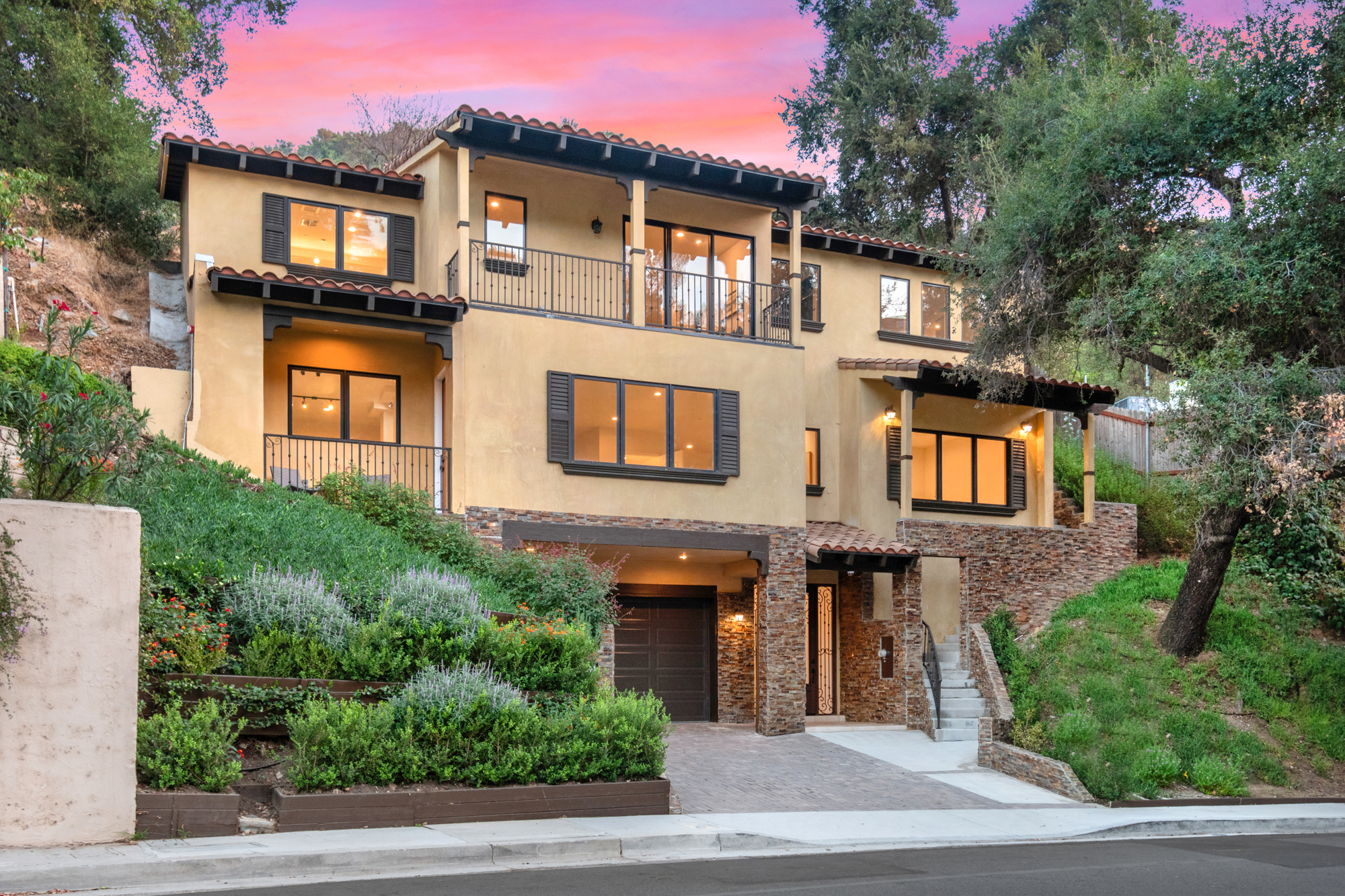 2566 E Chevy Chase Dr, Glendale, CA, 91206