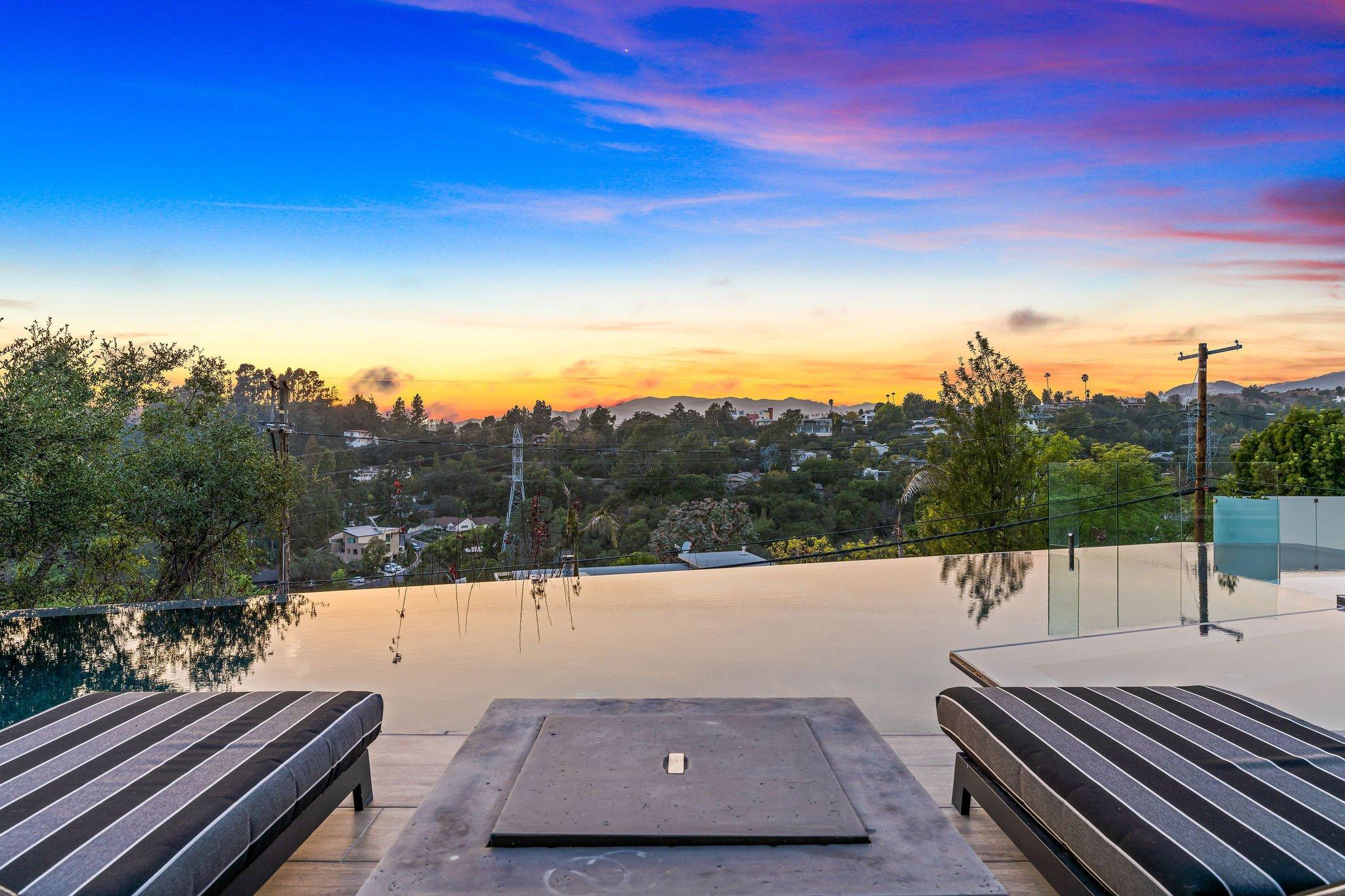 701 Rochedale Way, Los Angeles, CA 90049 - BJORN FARRUGIA