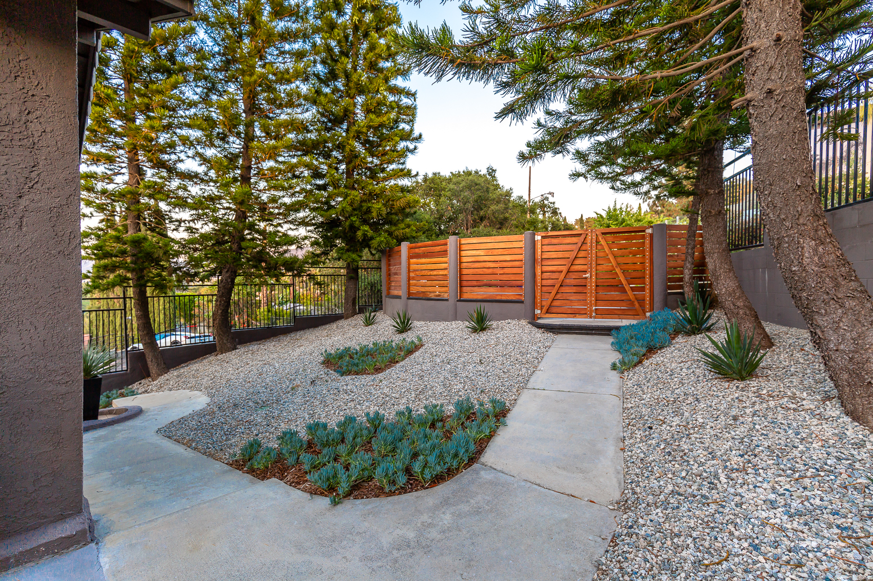 3587 Multiview Drive -21