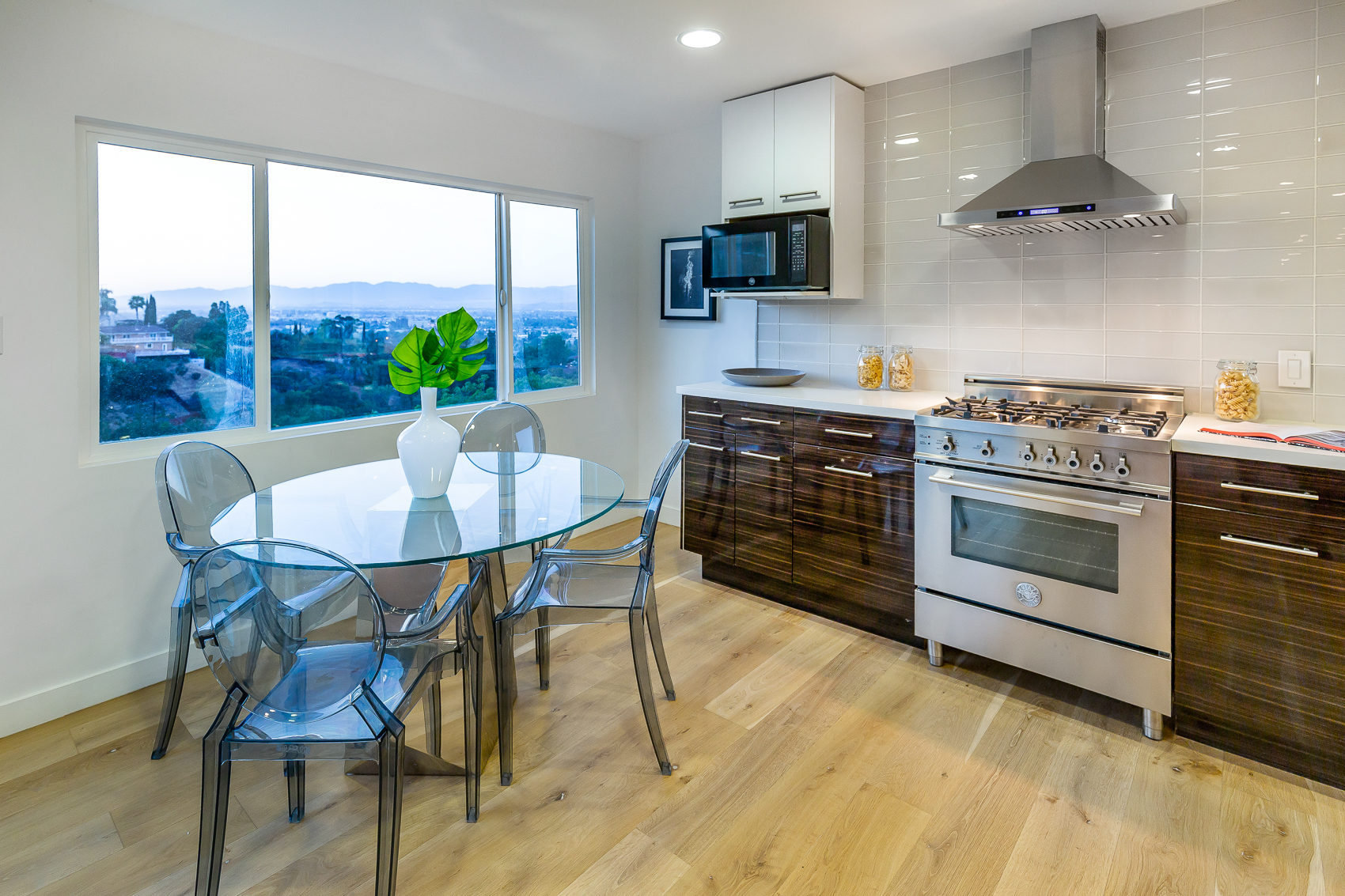 3587 Multiview Drive -34